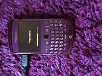 BlackBerry Curve 8520 - Purple (O2) Smartphone