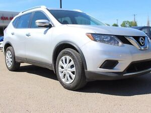2016 Nissan Rogue S 4dr All-wheel Drive, Backup Camera, Cruise,