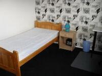 Large single room (bills inclusive)