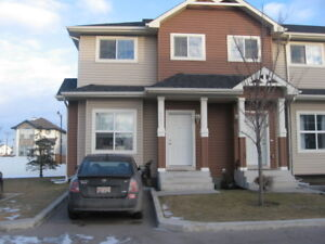 THREE BEDROOMS TOWN HOUSE FOR RENT IN N.E AVAIL JAN2018