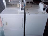 Duo laveuse et sécheuse Whirlpool commerciales usagé