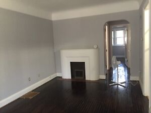 78 Brock St-Loaded Upper Level Of Bungalow in Downtown