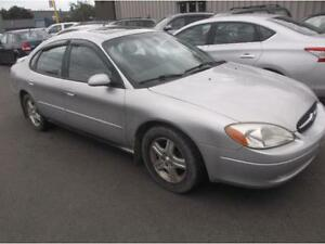 2002 FORD TAURUS SEL TOIT OUVRANT $995
