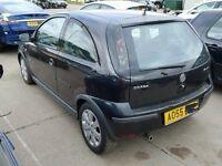 Corsa c 2005 boot lid tailgate in black z20r 07594145438