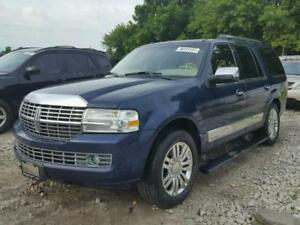2008 Lincoln Navigator Ultimate SUV, Crossover
