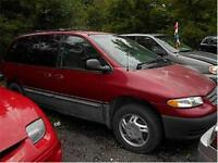 1996 Plymouth Voyager LE