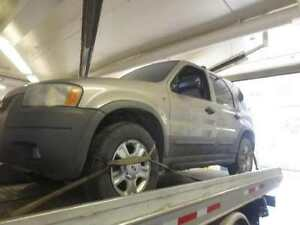 Ford Escape 2001 - Parting out
