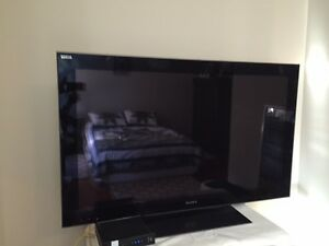Moving Sale - Sony Large Screen + Stand + Shaw Dolby DVR