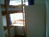economical single in spacious house good Surbiton location