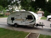 Perfect for Summer Camping! rPod 182G Ultralight RV Camper