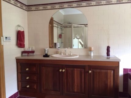 Bathroom Mirrors Gumtree 1970s retro bathroom mirror - caroma australia | mirrors | gumtree
