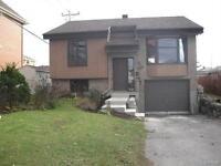 Laval/Ste-Rose: Maison a louer. Disp immediatement