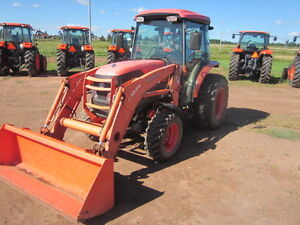 Kubota L5740HSTC W/ Loader And Factory Cab