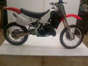 Buying Dirtbikes and Atvs Cash today