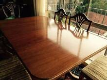 Beautiful Mahogany Dining Table 1960's Willoughby Willoughby Area Preview