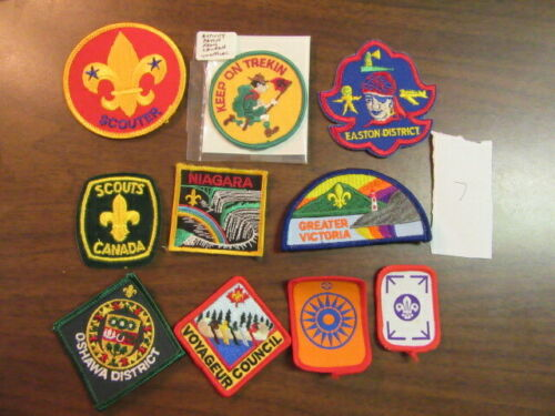 Canada Lot of 10 Different Patches    eb03  #7