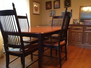 Diningroom table and chairs St. John's Newfoundland image 4