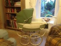 SILVER CROSS DOLLS VINTAGE PRAM