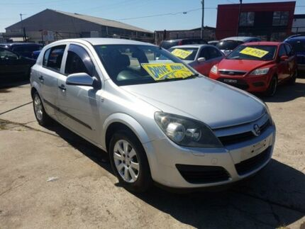 2005 Holden Astra AH MY06 CD Silver 4 Speed Automatic Hatchback