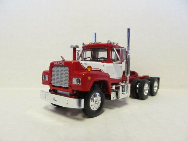 1ST GEAR 1/64 SCALE  R MODEL MACK DAY CAB , RED & WHITE  SAME SCALE AS DCP