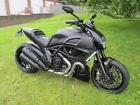 Ducati DIAVEL MOTORCYCLE
