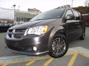 2017 Dodge GRAND CARAVAN SXT PREMIUM PLUS (ONLY 15700 KMS, NAVIG