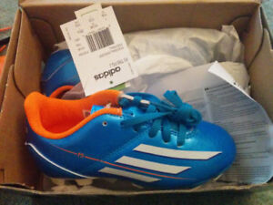 New Soccer Shoes Cleats New Adidas size 11 child