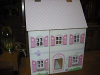 MODERN SMALL DOLLS HOUSE