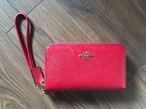 New Coach Double Zipper Red Signature Wristlet in Leather