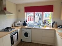 Two Double Bedrooms in a Four Bedroomed, Bills Inclusive Professional House Share