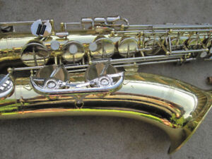 Alto, tenor, baritone, and C melody sax saxophones