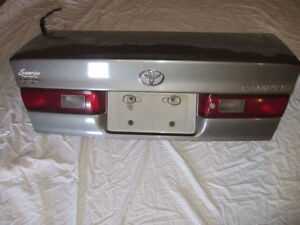 1997-1999 TOYOTA CAMRY REAR TRUNK/RIGHT FRONT DOOR