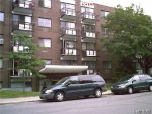 CONDO/Apartment FOR SALE Rue Dudemaine .Ahunstic (URGENT)