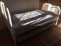 single guest bed with pull-out trundle bed