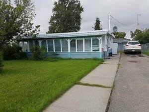 GREAT PRICED HOME IN DAWSON CREEK