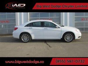 2012 Chrysler 200 Limited| 3.6L| LEATHER| SUNROOF| NAVI| 1 OWNER