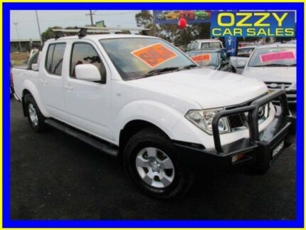 2010 Nissan Navara D40 ST (4x4) White 6 Speed Manual Dual Cab Pick-up Minto Campbelltown Area Preview