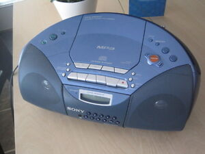 Sony CFD-S20CP Stereo Portable - CD MP3 Tape AM FM Remote