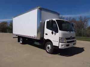Flat rate movers with 20ft truck