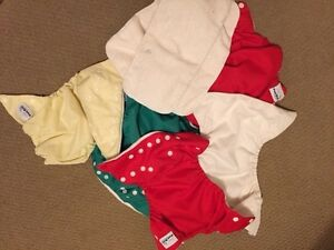 Fuzzi Bunz Diapers and liners for Newborn