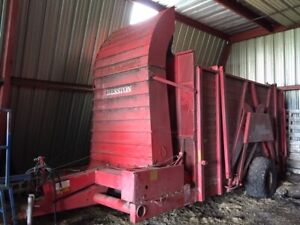 Hesston | Find Farming Equipment, Tractors, Plows and More in