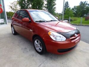 2009 HYUNDAI ACCENT *** HATCHBACK***  TOIT OUVRANT+MAGS+AC+... *