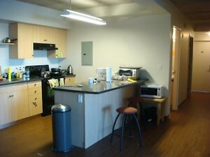 DON'T MISS OUT! LAST 2 ROOMS AVAILABLE AT 321 LESTER Kitchener / Waterloo Kitchener Area image 2
