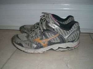 Women's Running Shoes, Size 6.5