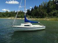 17 Foot Siren Sailboat with Brand New Sails - Amazing Deal