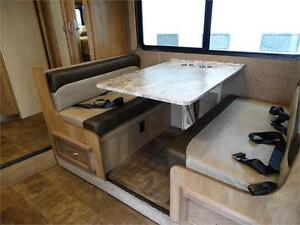 24 foot Class C Motorhome with Slideout and Luxury Package! Kitchener / Waterloo Kitchener Area image 5