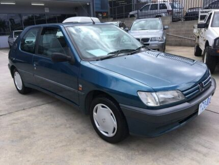 1994 Peugeot 306 N3 XR Blue 5 Speed Manual Hatchback Fyshwick South Canberra Preview