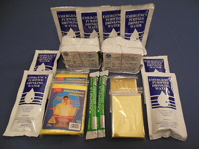 EMERGENCY DISASTER SURVIVAL FOOD BARS WATER AND GEAR FOR BOAT DITCH BAG BUG OUT