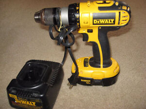 18 Volt - Hammer Drill ( With Charger )