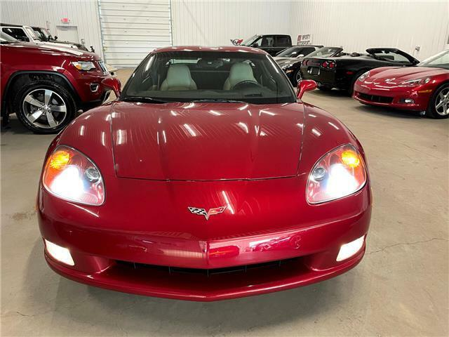 2010 Burgundy Chevrolet Corvette  3LT | C6 Corvette Photo 10